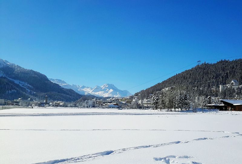 Snow Cold Temperature Winter Mountain Frozen Landscape Outdoors Sky Scenics No People Beauty In Nature Day Water Snowscape Beauty In Nature Saint Moritz Mountain Close-up Day Snow ❄ No People , WINTER Nature Winter Polar Climate No People, Indoors Snowy Mountains Nature