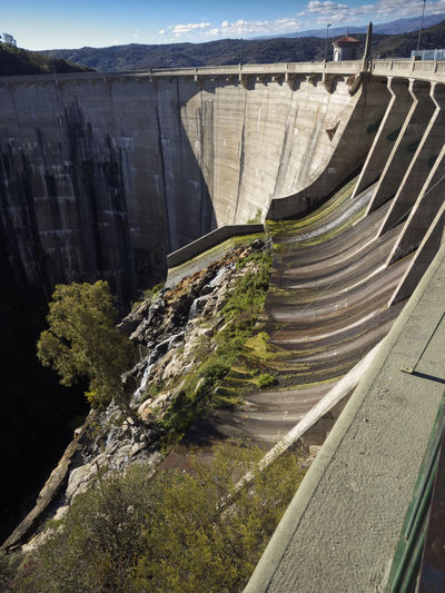 Dique la Viña Architecture Built Structure Concrete Dam Day Fuel And Power Generation Hydroelectric Power Lake Landscape Mountain Nature No People Outdoors Renewable Energy Sky Water