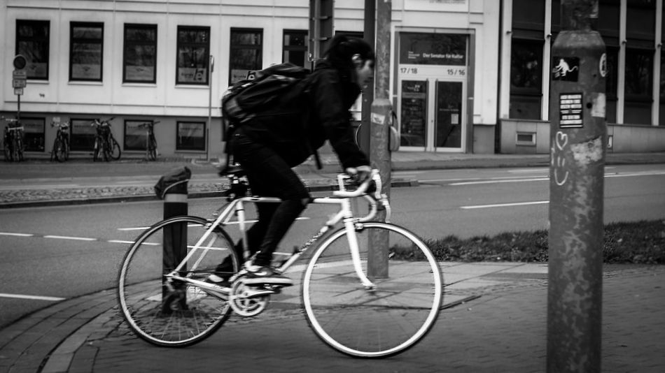 Focus? Cmon! 😥😊 Streetphotography Streetphoto_bw Street Blackandwhite Monochrome City Urban Girl Woman Bike Nofocus  Eye4photography  Photooftheday EyeEm Best Shots - Black + White Bremen Sony Up Close Street Photography The Street Photographer - 2016 EyeEm Awards Found On The Roll