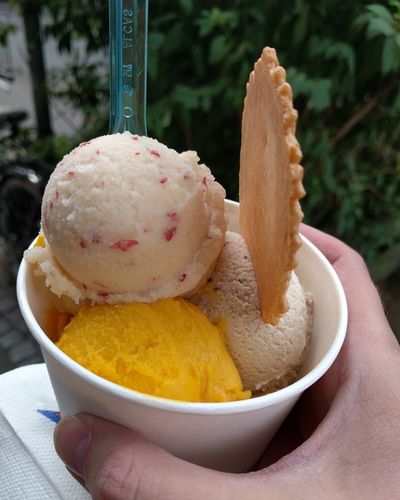 Ice Cream in the Summer! Food Food And Drink One Person Sweet Food Human Hand People Bowl Temptation Close-up Scopes ıce Cream Time Hand Dessert
