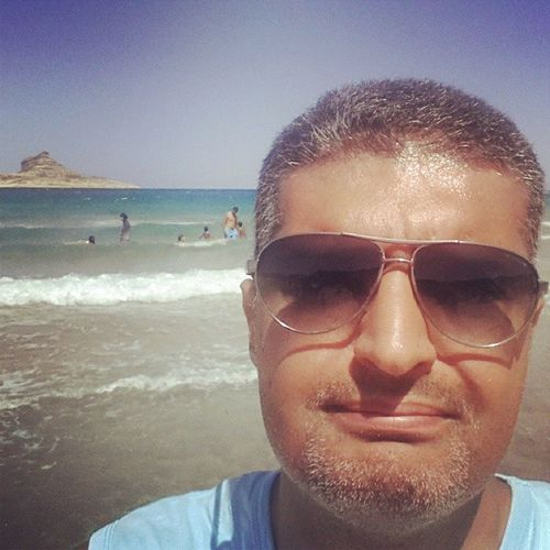 Selfy Lamontagne Island Rafraf Happymonday  Beatch Sea Tunisia