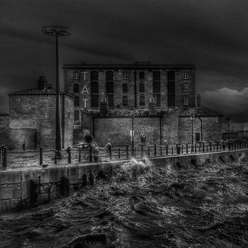 Stormy Weather down on the dock.. Liverpool Igersmersey Igersmersey_wet Storm Waves Riverwave Blackandwhite Top_bnw_photo Top_bnw Blackandwhite Rsa_bnw Bnw_zone Amateurs_bnw Moody Tate Wavescrashing Monoart_ Monochrome Showcase February