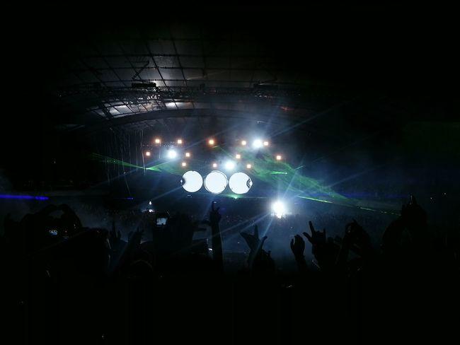 """One Last Tour"" from Swedish House Mafia in Melbourne 2012. Stunning! SHM Melbourne Edm Music Progressivehouse Electrohouse Dj BEATS Love Life"