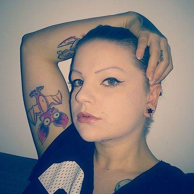 Noseptum Noplugs Maccosmetics BlueEyes tattooed inked inkedasfuk bat battattoo athome iwantmynewhaircut now dontsmile makeup