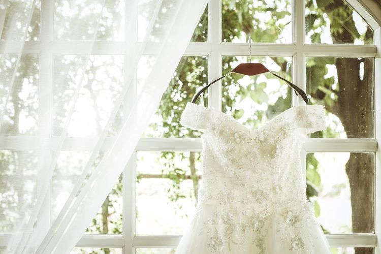 Dress Whitedress White Dress Dresses Wedding Dress Weddingdress Wedding Photography Weddingdresses White Color Dressroom