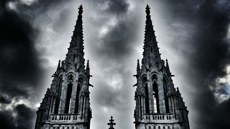 Architecture Religion Spirituality Low Angle View Built Structure Building Exterior Place Of Worship Outdoors Sky Tourism My Unique Style Architecture Low Angle View Popular Photos No People Eyeem Belgium Taking Photos Being Creative My Art, My Soul... EyeEm Best Shots Oneplus5photography Being Creative. Gothic Style