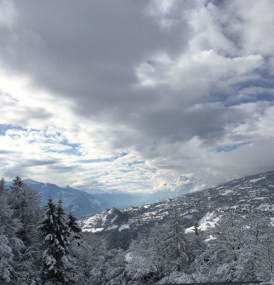 Mountain Snow Winter Nature Beauty In Nature Cold Temperature Sky Weather Tranquil Scene Outdoors Cloud - Sky