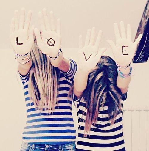 Ne me demande pas pourquoi je t'aime car l'amour ne s'explique pas ?✨