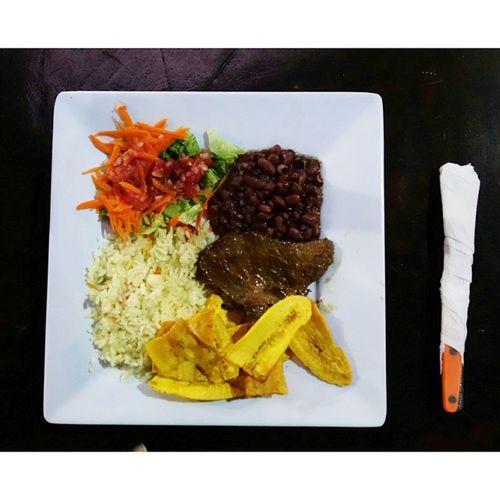 니카라과 가정식 백반. 집밥인뉴욕 니카라과