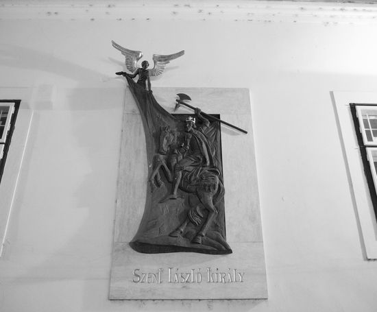 Animal Representation Art Art And Craft Carving - Craft Product Column Communication Creativity Human Representation Information Low Section One Person Sculpture Shoe Sign Standing Statue Symbol
