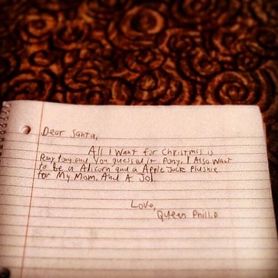 Now that a real letter to Santa. Weheartpics @weheartpicscom