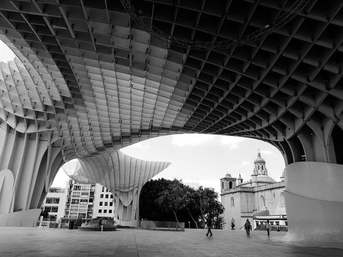 The Street Photographer - 2018 EyeEm Awards City Arch Architectural Column Architecture Built Structure The Mobile Photographer - 2019 EyeEm Awards