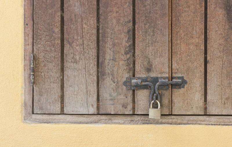 Building Building Exterior Buildings Built Structure Close-up Day Door Door Detail Door Knob Door Lock Door Way Doorknob Doors Doors Lover DoorsAndWindowsProject Doorsworldwide Doorway No People Outdoors Wood Wood - Material Wooden Wooden Texture