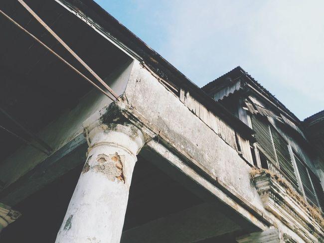 Victoria hotel 1818 @besuki Isnstagramer Traveling IPhoneography Mooiindiecomm Heritagebuilding