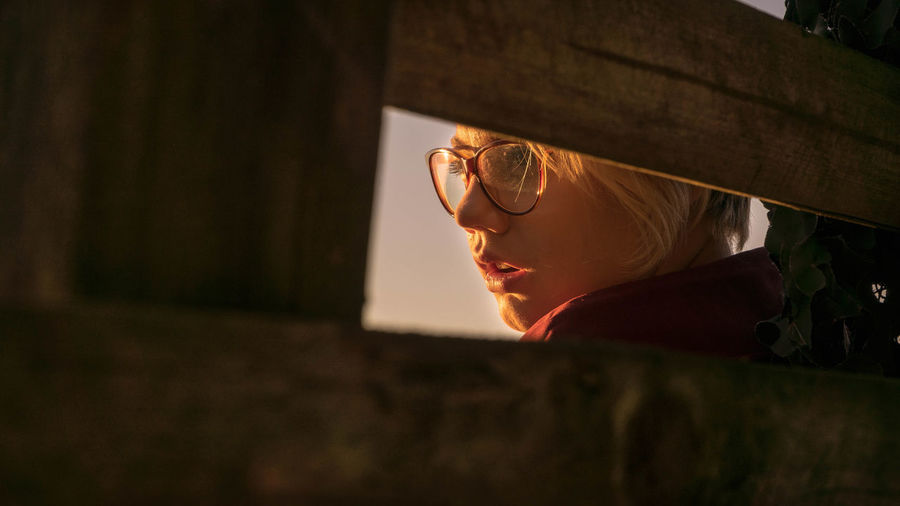 Glasses One Person Eyeglasses  Sunglasses Real People Headshot Leisure Activity Looking Portrait Sunset Lifestyles Fashion Young Adult Nature Adult Close-up Looking Away Females Outdoors Contemplation Eyewear