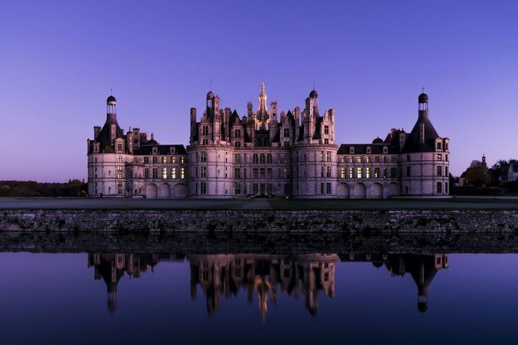 Chambord France Sunset Water Mirror Castle La Loire Noclounds First Eyeem Photo