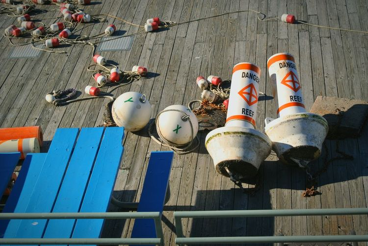 Showcase: November Learn & Shoot: Simplicity Colors View From Above Fishing Life Bright Colors Blue Orange Buoy Buoyancy Balls Lobster Danger Sign Reef