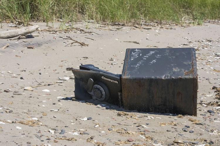 Beach Litter ManmadeVsNature Rust Beach Beachphotography Broken Safe Close-up Damaged Day Land Metal No People Outdoors Safe Sand