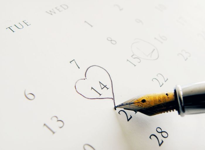 Pencil Handwriting  No PeopleClose-up Fountain Pen Studio Shot Day Indoors  Paper Important To Me Important Yearbook Register Calendar Date Almanac Dont Forget Handwriting  Love Valentine's Day  Heart Heart Shape Date Night - Romance Romance Love ♥