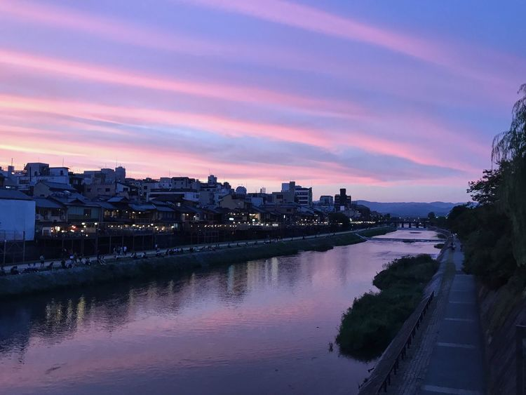 IPhone IPhoneography IPhone7Plus ShotOnIphone Japan Kyoto 🎈👻 Sky Nature Sunset City Cloud - Sky Purple Connected By Travel
