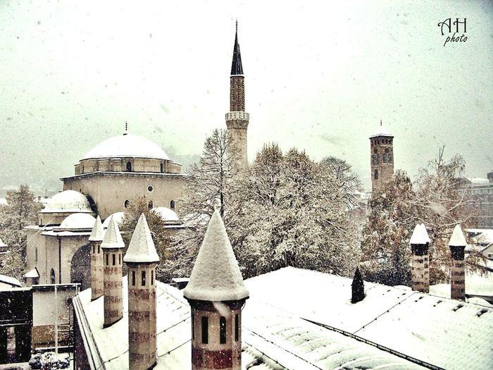 It's Cold Outside First Eyeem Photo Bosnia Islam Winter Islam Sarajevo Snow ❄ Mosque Bascarsija
