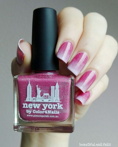 Ein Gradient aus New York von Picture Polish und Peakshow von Essie Nails Nailart  Naildesign Gradient Nailartist First Eyeem Photo