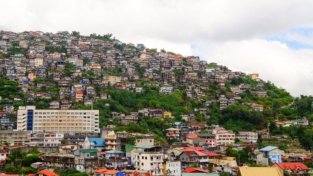 Landscape Crowded Residential Building Community Built Structure EyeEm Best Shots Building Exterior House Eyem Vision Cloud - Sky Residential District City Town Sky Cloudy City Life Day Outdoors Human Settlement Mountain Development Baguio Fujifilm Xpphxgrid FUJIFILM X-T1