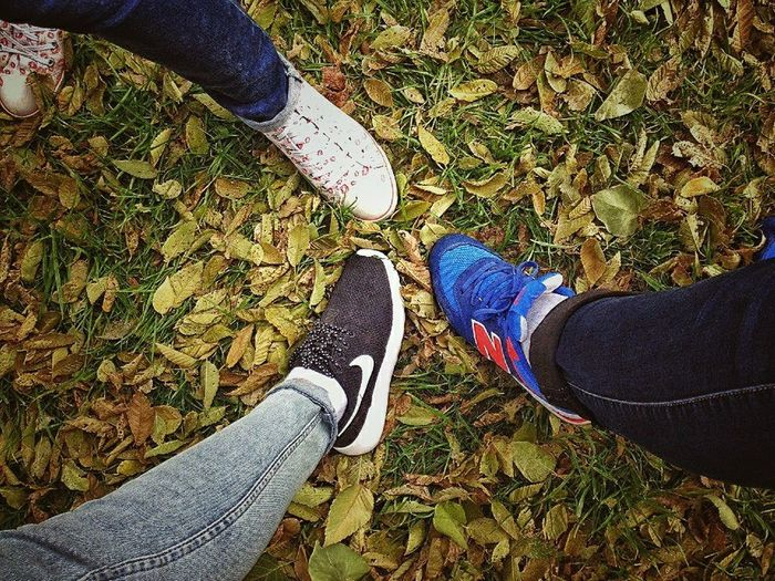 Best Friends.? No.! Sisters <3 Love Them ❤ Meeting Friends Autumn🍁🍁🍁 Beautiful Legs Photo♡