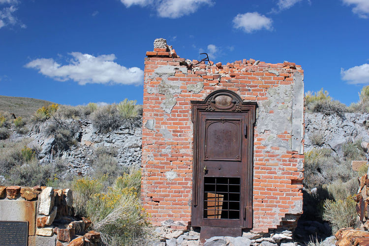 Bank Vault BankIslami Ghost Town History Old Buildings Old Mining Town Of Bodie Outdoors State Park