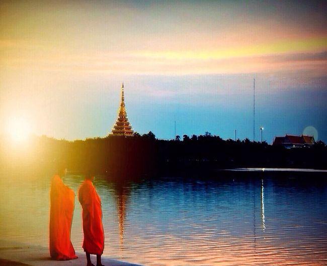 I love Thailand Enjoying Life Hello World EyeEm Best Shots Sunset #sun #clouds #skylovers #sky #nature #beautifulinnature #naturalbeauty #photography #landscape