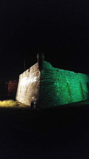 Fortress Night Illuminated Architecture Fort St.Augustine Historical Monuments Historical Buildings Castillo De San Marcos Spanish Moss Love History Through The Lens  Fountain Of Youth Florida History Florida Beauty Floridaphotographer Florida Life Fortress View Fortress Wall Fortress Beside The Sea Historycal Place Historical Reenactment