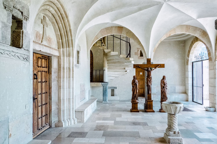 Chapel Church Arcade Arch Architectural Column Architecture Belief Building Built Structure Ceiling Corridor Day History Indoors  No People Place Of Worship Religion Spirituality The Past