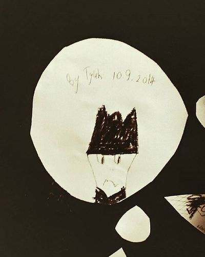 Taupomuseum Taupo Holiday Kidsartwork Kidsart Blackandwhite Black 9vaga_alone9 Ss_bw_20 Fyp_minimac_bbg Fyp_tclonely My daughter drew this as part of an interactive exhibit that was on at the time.Not sure why it was a sad face 😶 👻Tvc_np_black