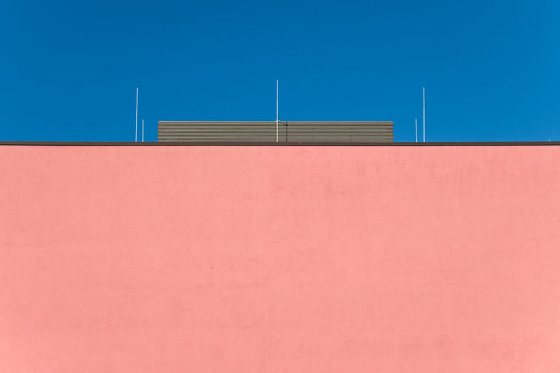 Sundaysimplicity Architectural Feature Architecture_collection Architecturelovers Berlin Berlin Photography Blue Building Exterior Built Structure Clear Sky Day Minimalism Minimalist Minimalist Architecture Minimalist Photography  Minimalistic Minimalobsession No People Outdoors Sky Millennial Pink The Architect - 2017 EyeEm Awards Colour Your Horizn