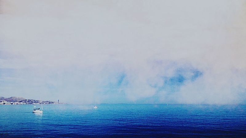 Foggy morning about the Horizon Let's Do It Chic! Respect For The Good Taste Fresh Scent Sea And Sky Foggy Morning