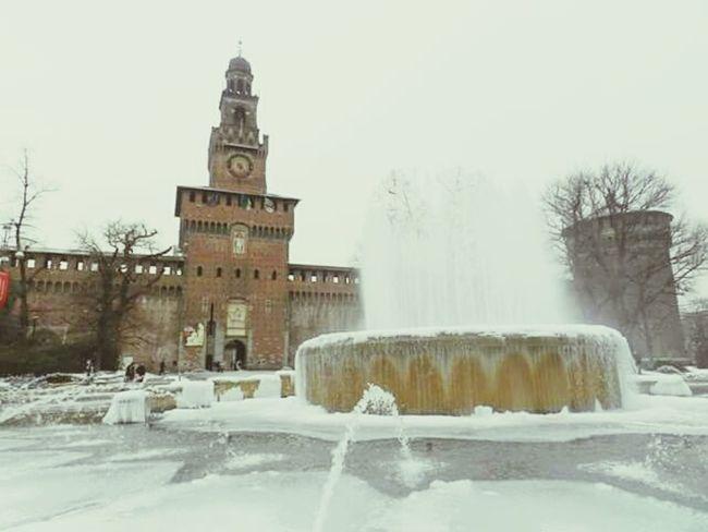 Milão 💙💙💙 (Itália) Milano Milão Italia Italy Frio ⛄❄ Inverno Neve Europa Europe Viagem Vacationtime Photography Photo Foto Fotografia