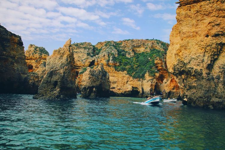 ponta de piedade EyeEm Selects Water Cliff Rock - Object Sky Calm Tranquility Scenics Non-urban Scene Coast Tranquil Scene EyeEmNewHere