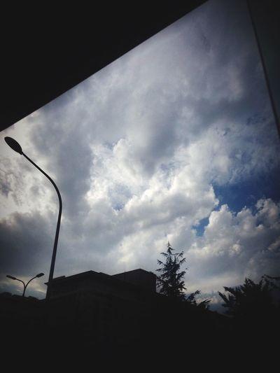 西单的天…是多云的天…宣武区的人民好喜欢