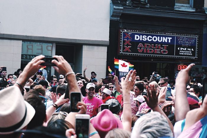 Accept who you are be proud of yourself! Happy Pride Day🌈🍁💕 And yes! Justin was here;) Pride Prideparade Toronto Torontophotographer PrimeMinister Justintrudeau OpenEdit Open Edit