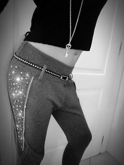 GLEAM GLEAM . . . Photooftheday Blackandwhite Photography EyeEm Best Shots - Black + White Detailsoftheday Only Women Me Fashiondetails Fashion Sensualgirl Beautiful Woman Fashiongirl  Seductive Look Body Shot Model Me Model Pose Model Girl Photo Shoot Fashionphotography My Body Only  My Look Outfitoftheday Fashiongirl  Seductive Woman Sexyme Friday!