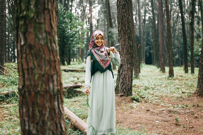 Beautiful traveller women are looking on her ways. Adult Beautiful Nature Beautiful People Beauty Beauty In Nature Fashion Forest Girl Lanscape Leaves Nature Outdoors People Pine Portrait Portrait Of A Woman Smiling Travel Travelling Tree Walking Women Young Women