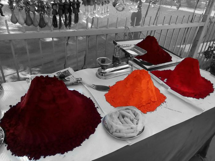Vibrance Behind Dullness Vibrant Colors Shades Of Red Colours Of Autumn Autumn Colours Shades Of Autumn