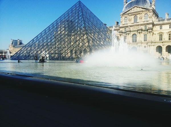Water Architecture Travel Destinations Built Structure Fountain City Tourism Outdoors Building Exterior History Cultures ArtWork Paris ❤ Sculptures Lovre The City Light