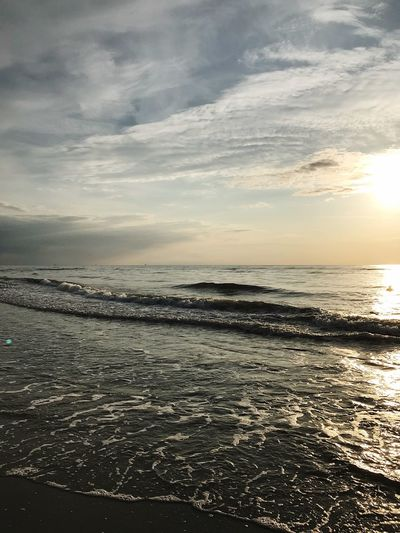 Sunset Sky Sea Water Cloud - Sky Scenics - Nature Beauty In Nature EyeEmNewHere Sunset Nature Beach Outdoors Horizon Horizon Over Water Sunlight
