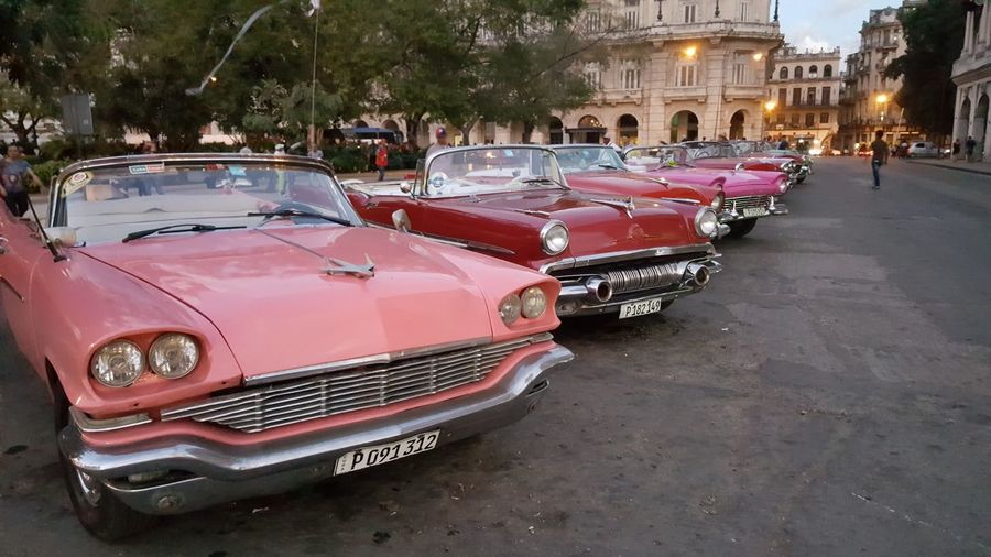 Cabrio Car Chevrolet City Collector's Car Cuba Day Havana Macchine Macchine D'epoca Old-fashioned Older Cars People Tourism Travel Travel Photography Traveling Vacanze