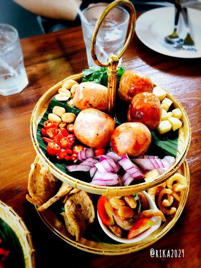เรื่องลาวสั่งก่อน : Isaan's Hors d'oeuvres Hors D'oeuvres Thai Foods Sausage Thai Sausage Pork Sausage