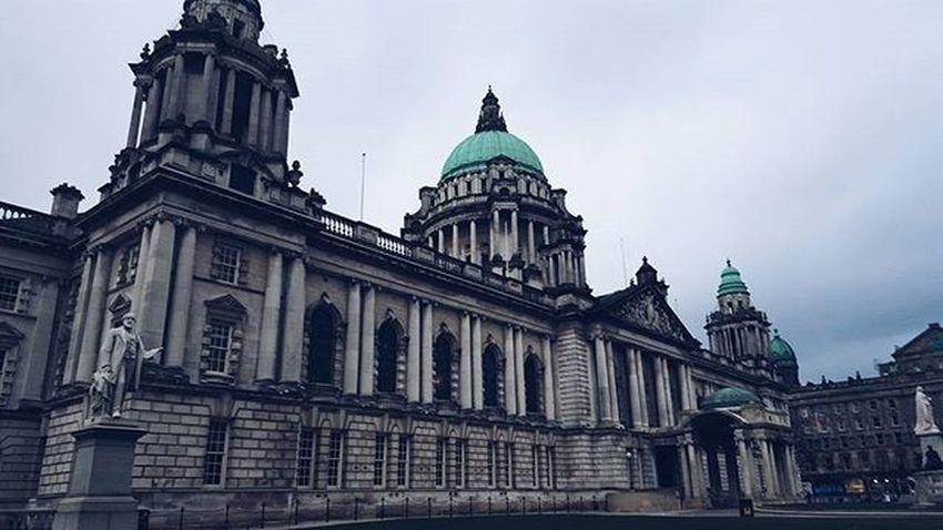 Massive building for the Belfast city hall! Belfast Irland Visitni Visitbelfast Instabelfast Latergram Vscocam VSCO Vscoirland DiscoverNI Architecture