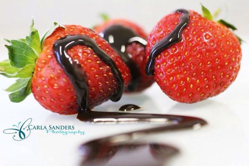 Strawberries Chocolate Romantic Nomnomnom Macro Macro_collection Closeup My Best Photo 2014