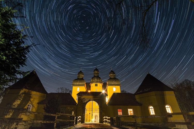 Startrails Schloss Astronomy Castle Circle Long Exposure Longtimeexposure Night Outdoors Sky Sony A6000 Space Star Trail Time