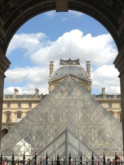 Louvre museum, Paris City Politics And Government History Sky Architecture Building Exterior Built Structure Cloud - Sky Palace Arch Arch Bridge Visiting Museum Historic Art Museum Doges Palace